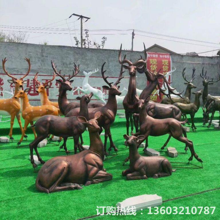 玻璃钢仿铜鹿雕塑,庭院小鹿雕塑